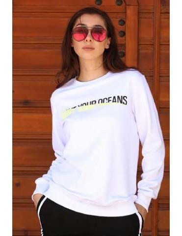 Beyaz Yazılı T-Shirt